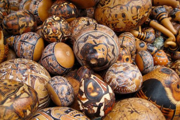 Ecuador Otavalo wood carving