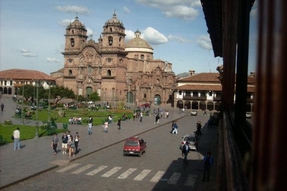 Cusco Plazadearmas Compania de Jesus-Peru