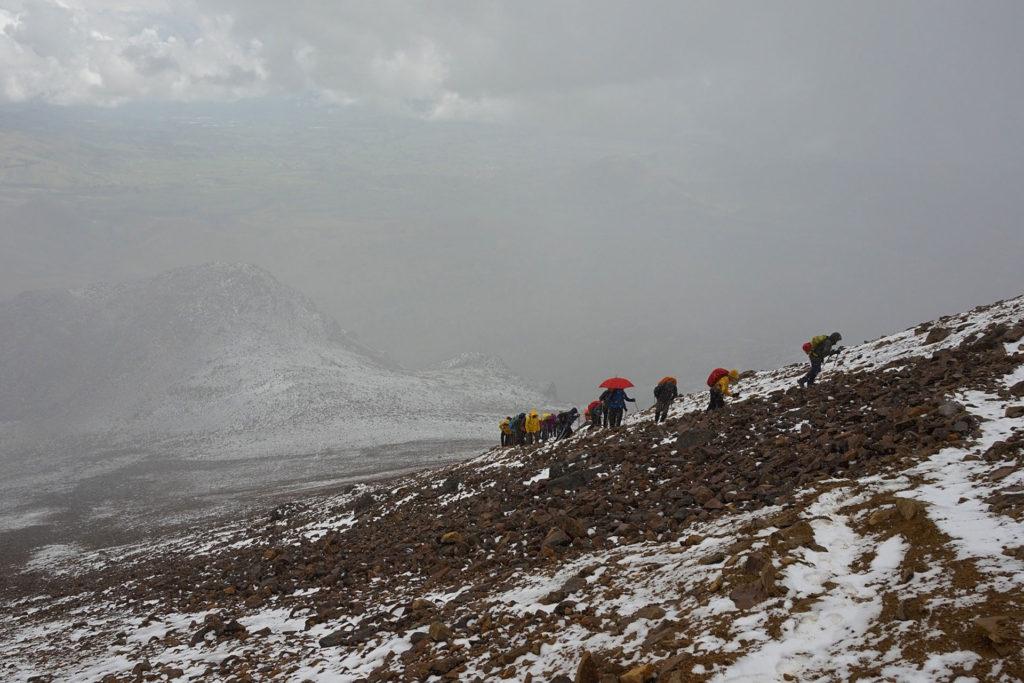 Illiniza Arenal Ecuador hiking