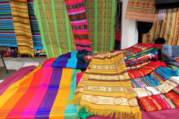 Ecuador Otavalos markets