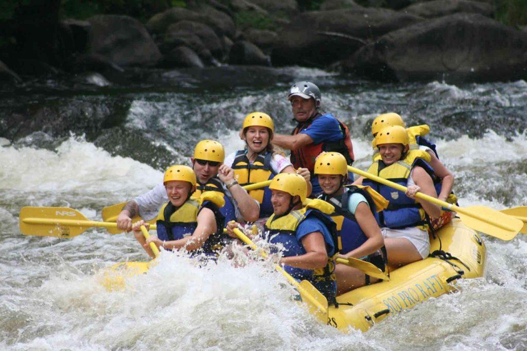 Team rafting white water